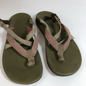 Chaco 9 Sandals Water Hiking Distressed Worn